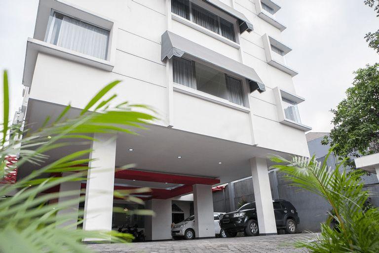 RedDoorz near Trans Studio Mall 3, Bandung