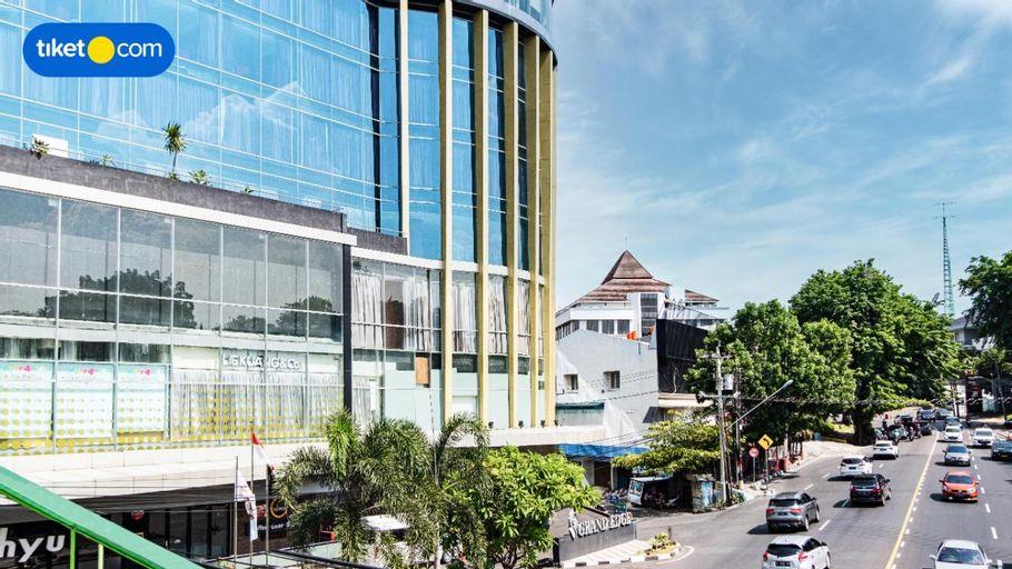Grand Edge Hotel Semarang, Semarang
