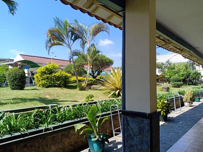 Mutiara Baru Hotel, Malang