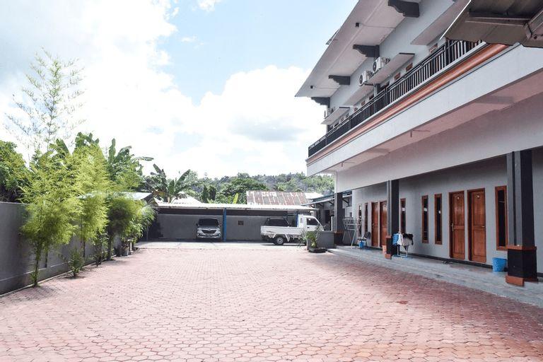 RedDoorz near Universitas Pattimura Ambon, Ambon