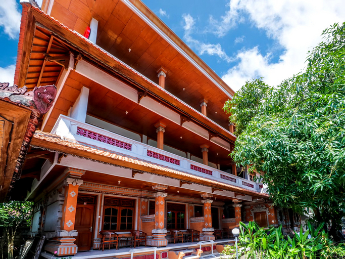 OYO 2411 Taman Mekar Beach Inn 2, Badung