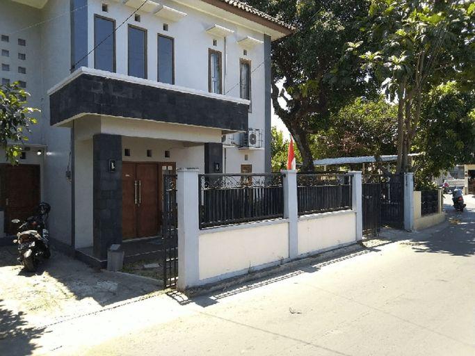 Omah Minggiran (4 Bedroom), Yogyakarta