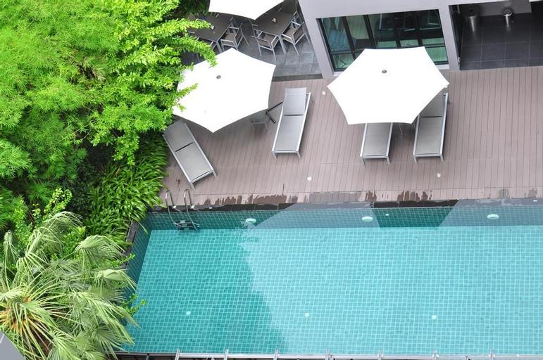 Arize Hotel Sukhumvit, Wattana