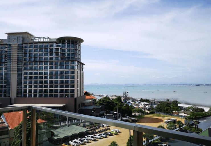 TSix5 Quarter, Pattaya