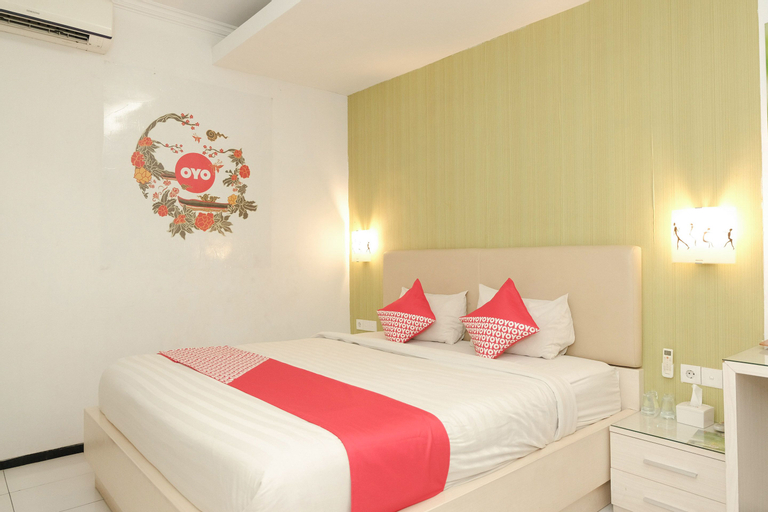 OYO 603 Ebizz Hotel, Jember