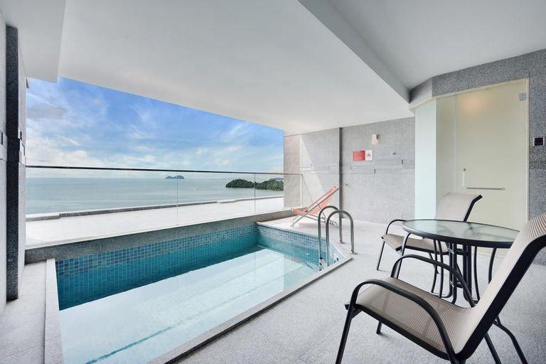 Lexis Suites Penang, Barat Daya