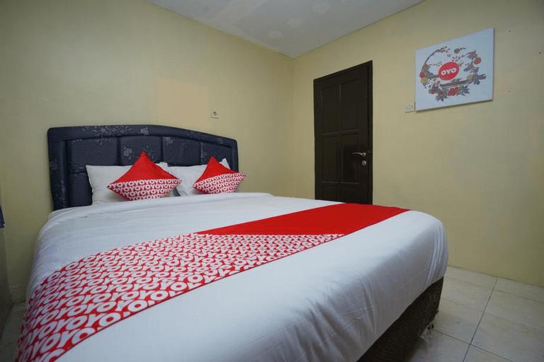 OYO 927 Carina Hotel, Mojokerto
