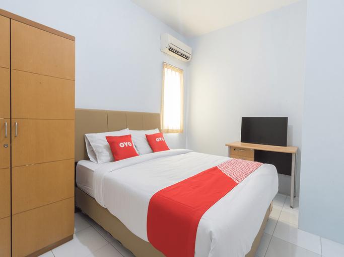 OYO 2110 Rotterdam Guest House Near Siloam Hospitals Lippo Village - Karawaci, Tangerang