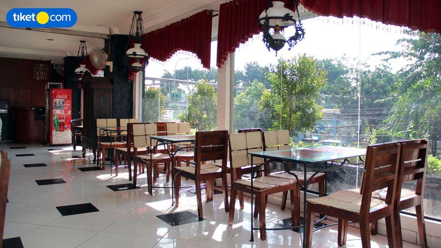 Hotel New Idola, East Jakarta