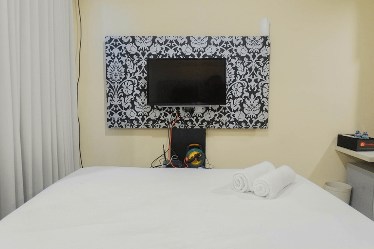 Cozy Studio at Tamansari Papilio Apartment By Travelio, Surabaya