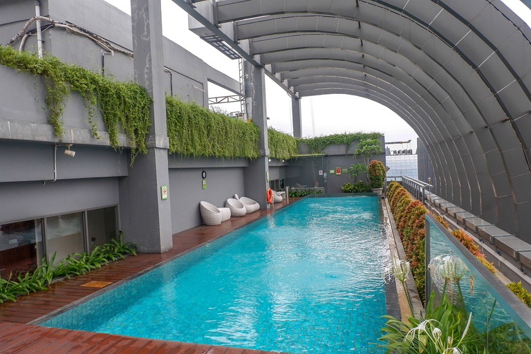 Best Price 2BR L'Avenue Apartment By Travelio, South Jakarta