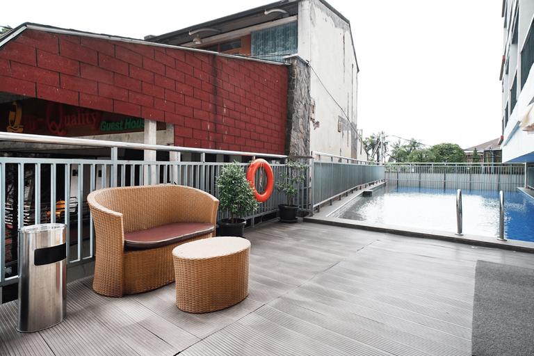 Urban Living Syariah At Beverly Dago Residence, Bandung
