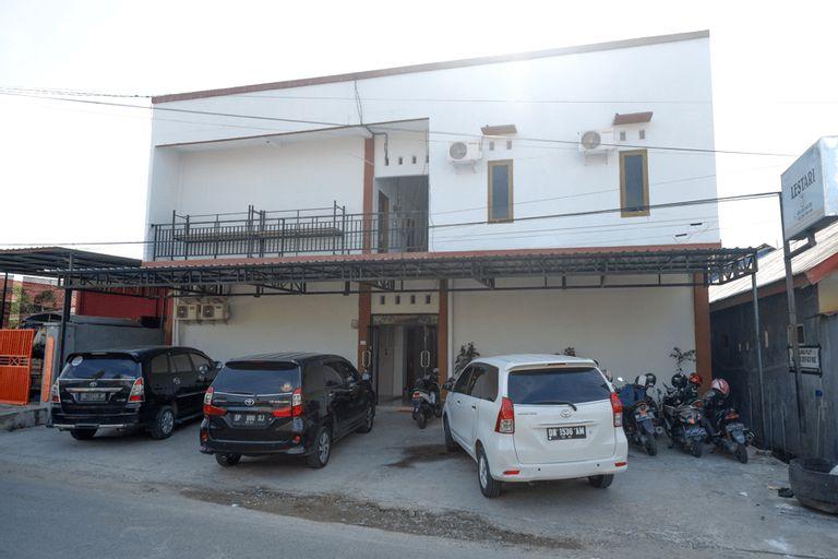 RedDoorz near Pasar Baru Mamuju, Mamuju
