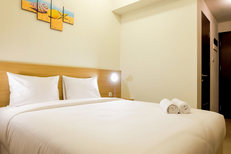 Elegant Studio Mustika Golf Residence Apartment By Travelio, Cikarang