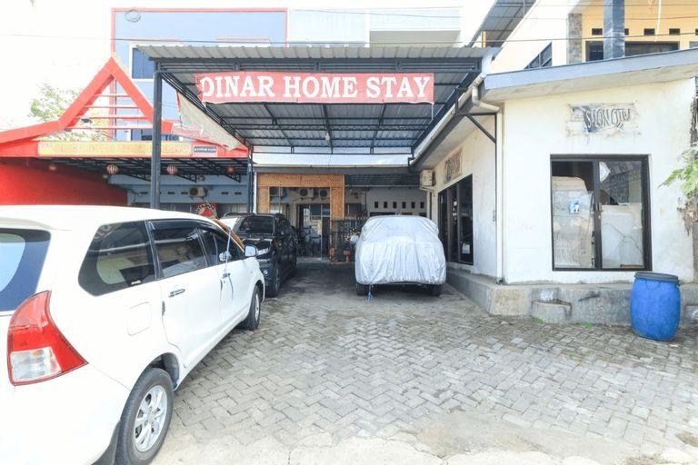 Dinar Homestay, Maros