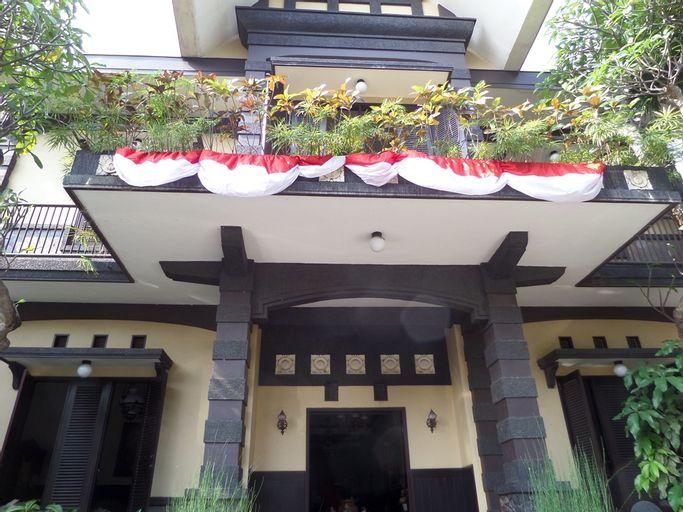 de Clove Guest House Malang, Malang