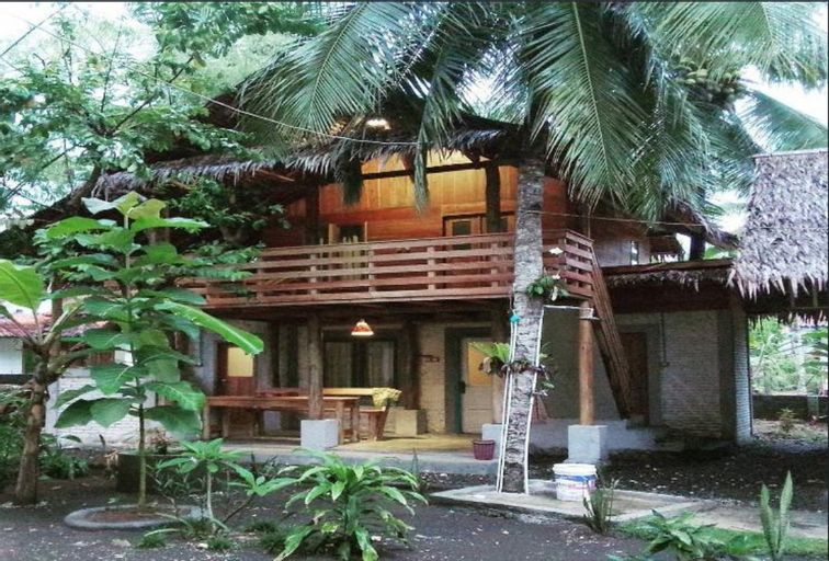 Pondok Cowet Rumah Kayu, Pangandaran