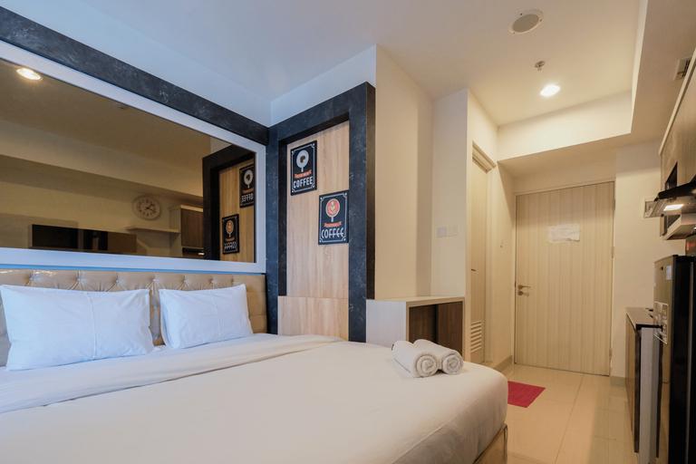 Cozy and Comfort Studio Grand Kamala Lagoon Apartment By Travelio, Bekasi