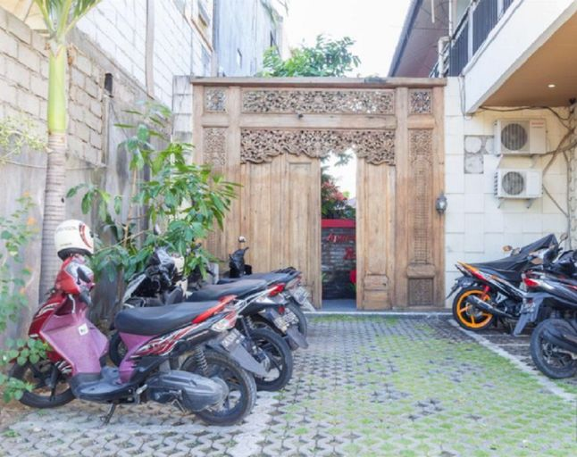Red Apple Apartment, Badung