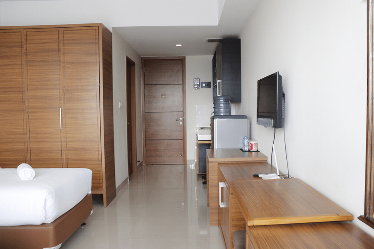Minimalist Studio at Beverly Dago Apartment near ITB By Travelio, Bandung
