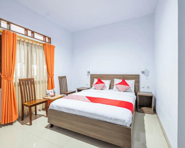 OYO 943 Hotel Azalea Syariah, Garut