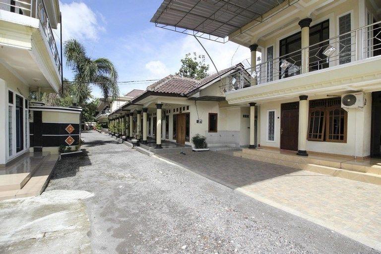 RedDoorz Syariah @ Kompleks Candi Borobudur, Magelang