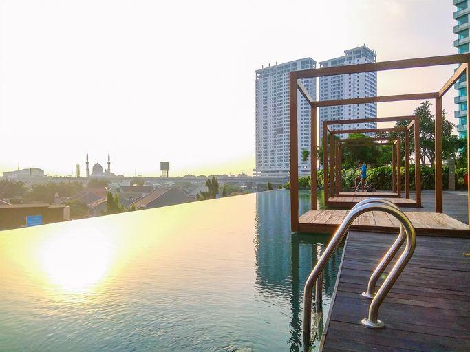 Cozy Studio Apartment @ Grand Kamala Lagoon By Travelio, Bekasi