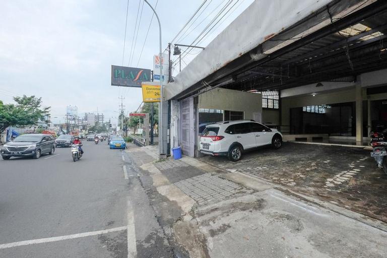 RedDoorz @ Jalan Setiabudi Semarang, Semarang