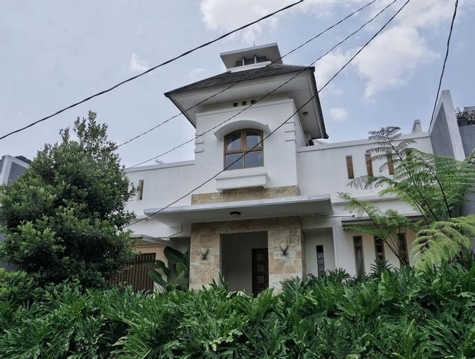 Pasteur Beautiful Luxurious House, Cimahi