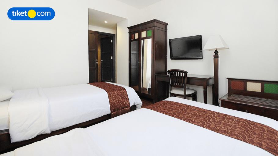 Colonial Hotel Makassar, Makassar