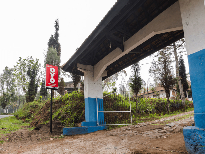 OYO 1852 Intan Bromo Homestay, Pasuruan