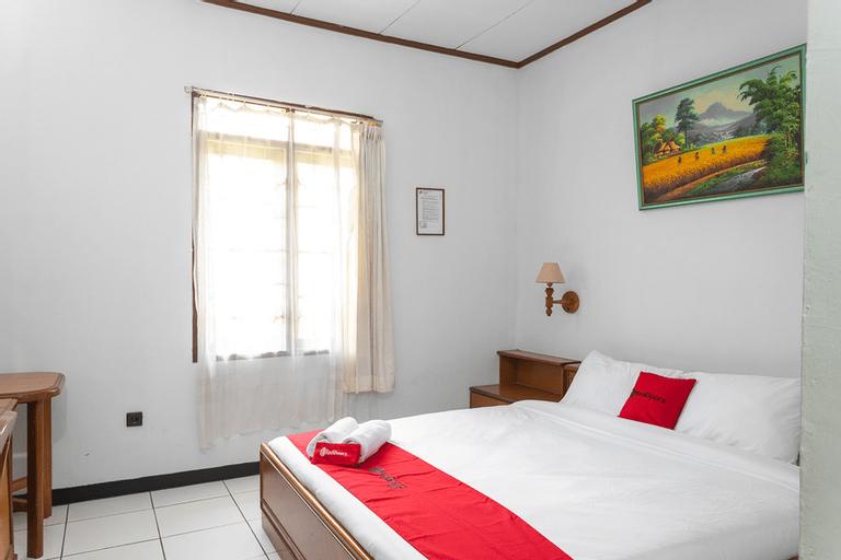 RedDoorz @ Hotel Damanaka Pangalengan, Bandung