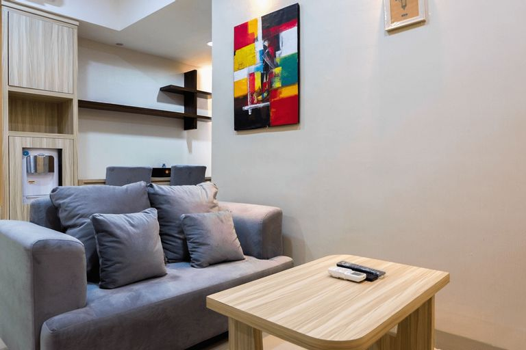 Spacious 1BR with City View The Oasis Lippo Cikarang Apartment By Travelio, Cikarang