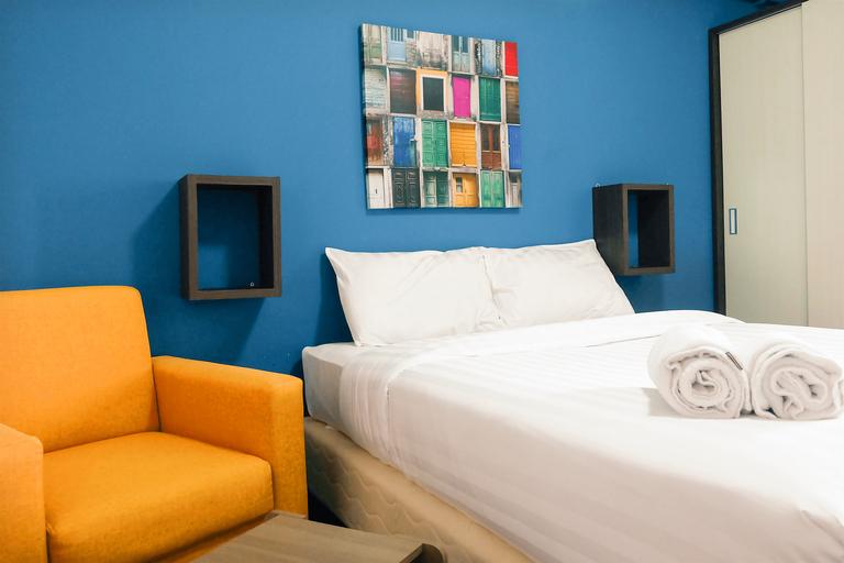 Artistic Studio Room Kebagusan City Apartement By Travelio, South Jakarta