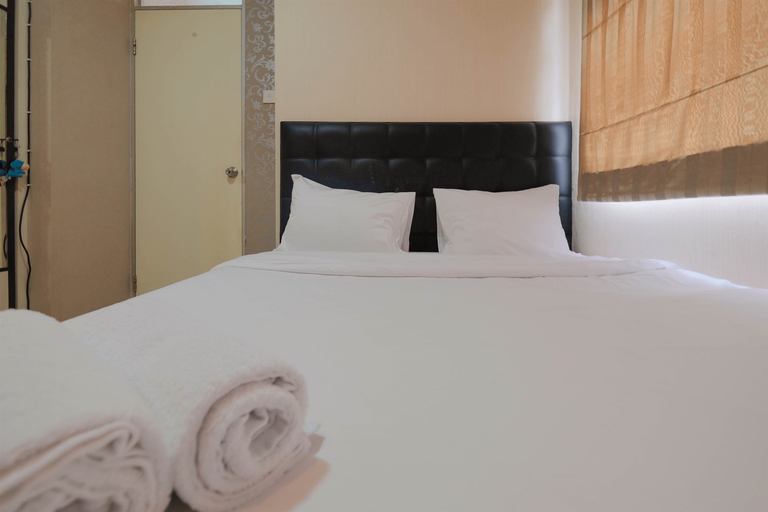 Emerald Functional 2BR Apartment Gading Nias By Travelio, North Jakarta