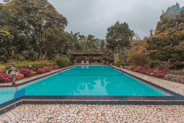 SPOT ON 2642 Villa Paul, Bogor