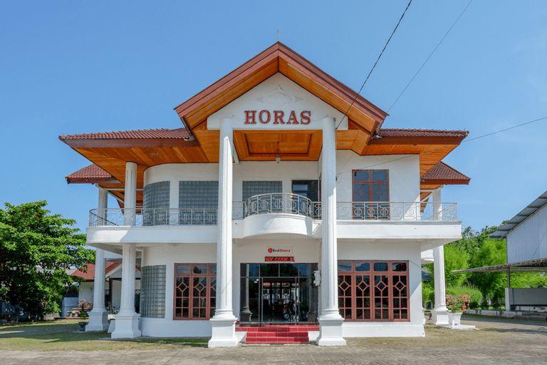 RedDoorz @ Hotel Horas Palopo, Palopo