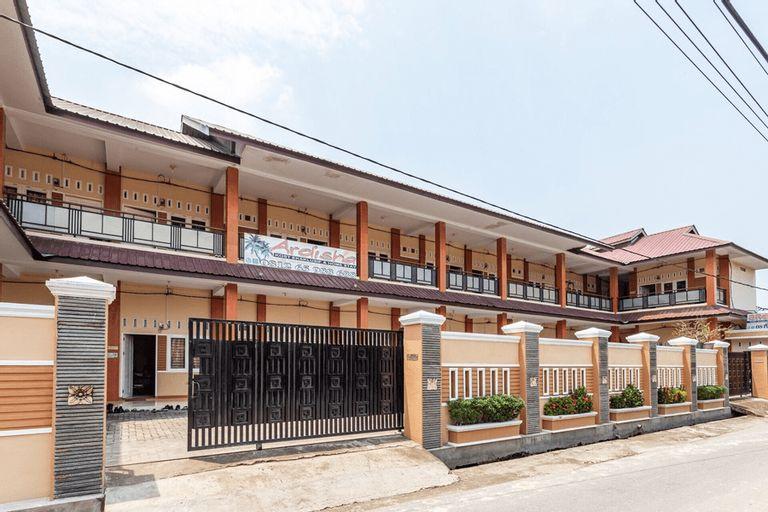 RedDoorz Syariah @ Jalan Letda Sujono Tembung, Deli Serdang