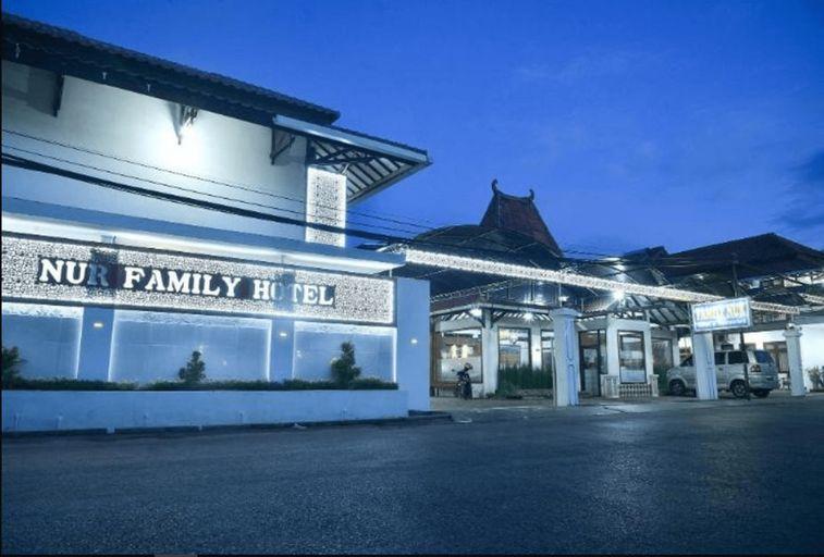HOTEL FAMILY NUR, Madura Island