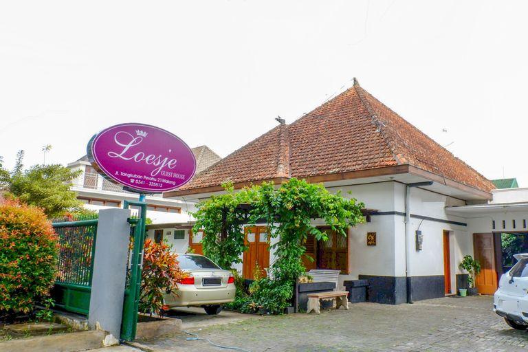 OYO 353 Loesje Guest House Syariah, Malang