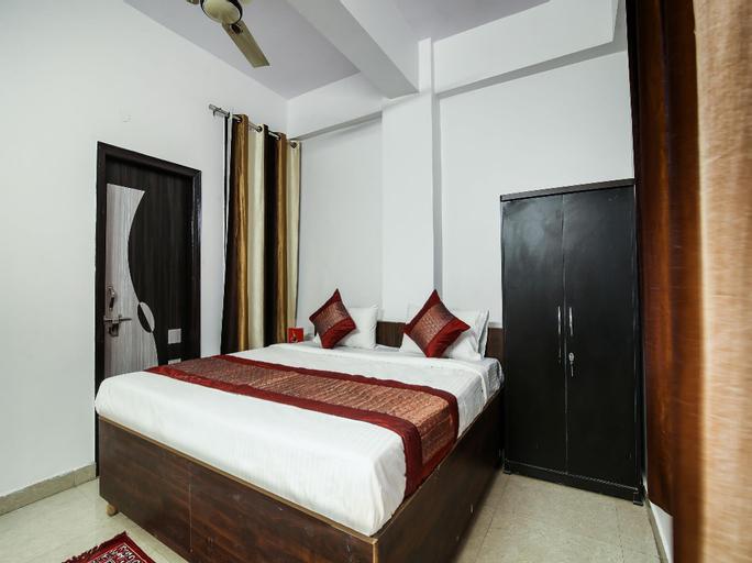 OYO 15253 Pluto Residency, Gautam Buddha Nagar