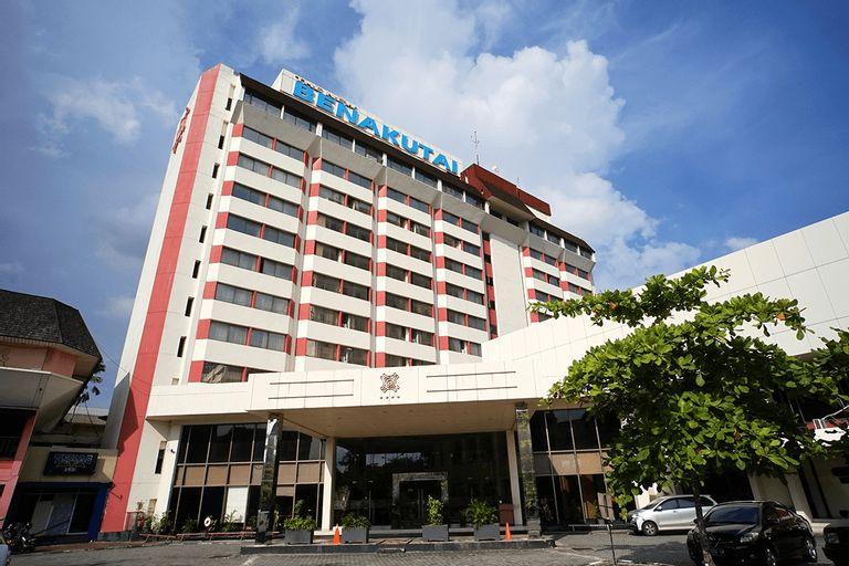 Capital O 1963 Hotel The New Benakutai, Balikpapan