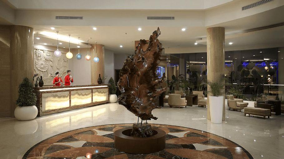 Cavinton Hotel Yogyakarta by Tritama Hospitality, Yogyakarta
