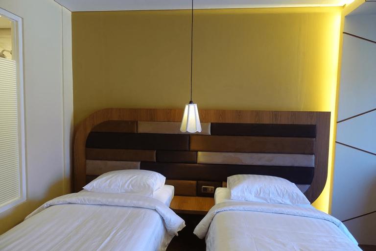 M Hotel Kupang, Kupang