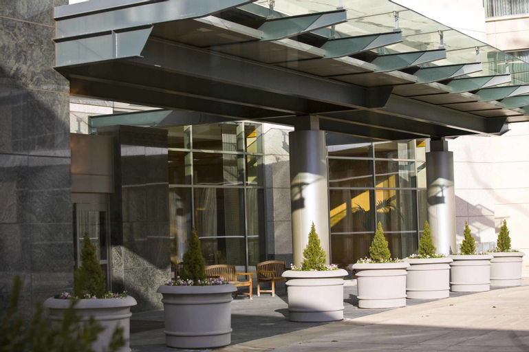 Bethesda North Marriott Hotel and Conference Center, Montgomery