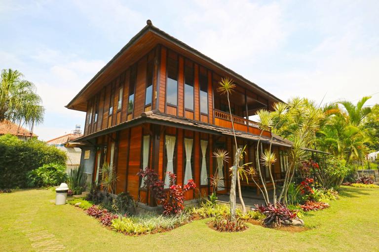 Villa Gardenia Bandung, Bandung