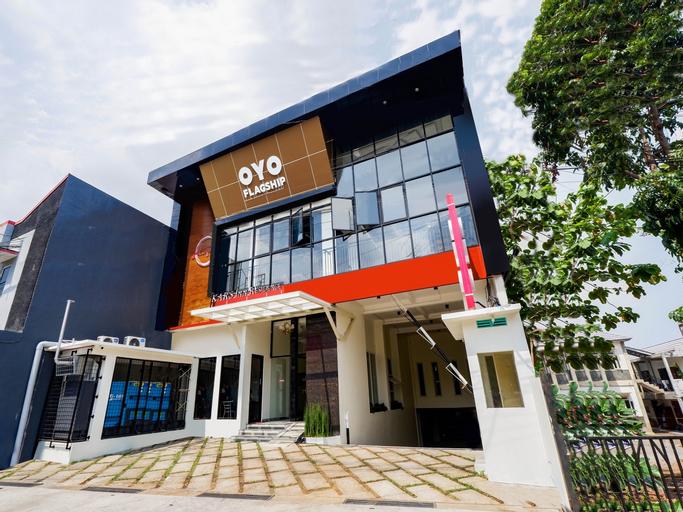OYO Flagship 2124 Kars Inn Semarang, Semarang