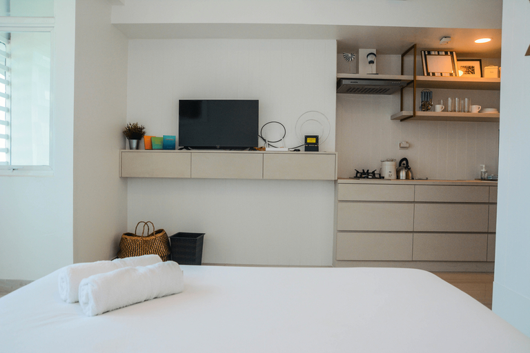 Spacious Studio Room at Grand Kamala Lagoon Apartment By Travelio, Bekasi