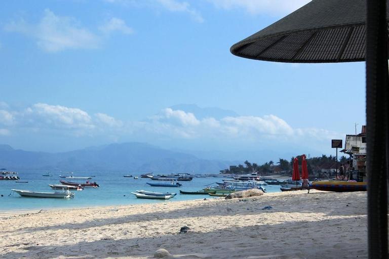 Pantai Bungalow, Klungkung