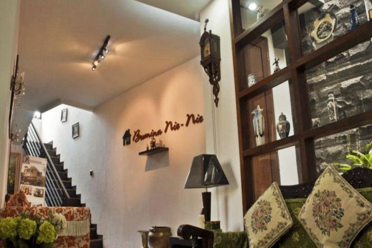 Bumina Nie Nie Guest House, Bandung